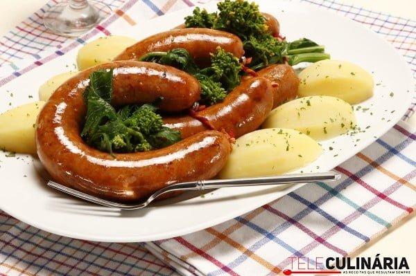 alheiras no forno com grelos e batatas cozidas2