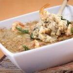 bacalhau com espinafres e camarão