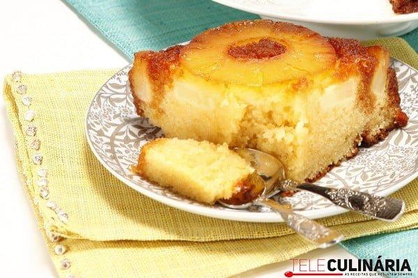 bolo de ananas fresco