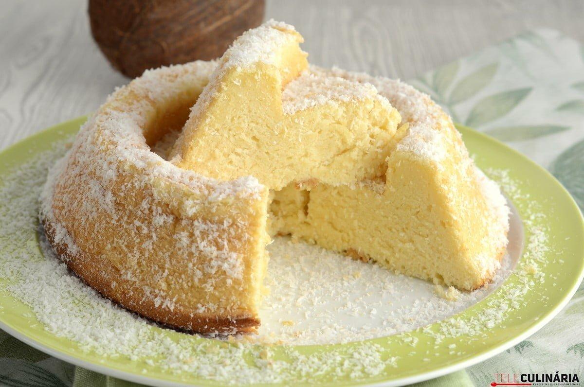 bolo de coco e limao