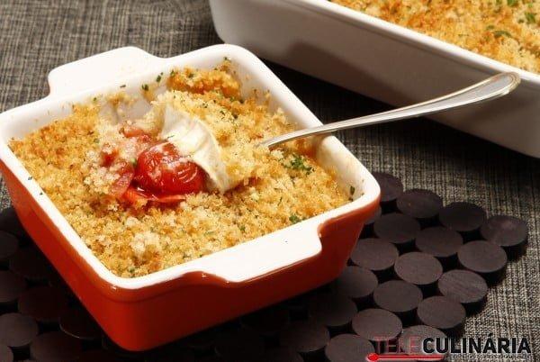 crumble de tomate com queijo de cabra