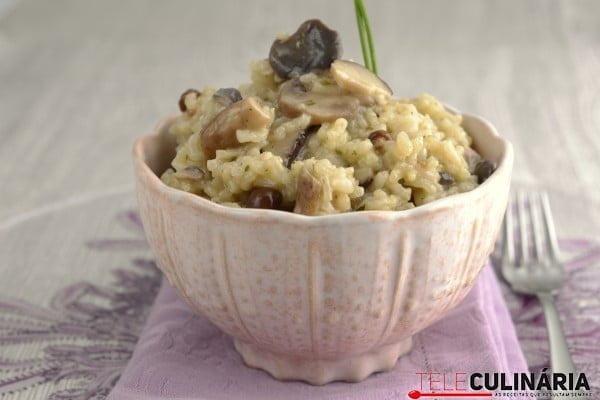 risoto de cogumelos selvagens