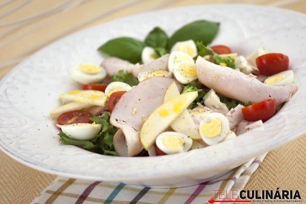 Salada de ovos de coderniz