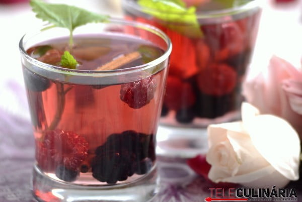 Sangria de frutos vermelhos