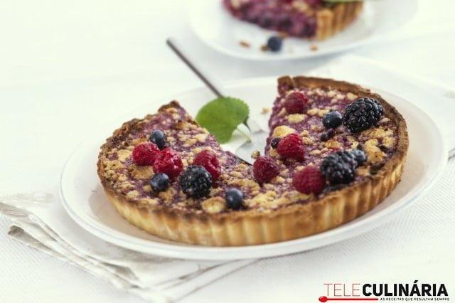 receita de tarte areada com frutos vermelhos e crumble