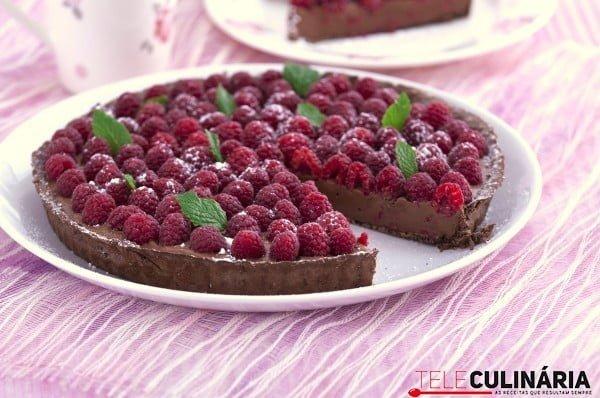 tarte de ganache de chocolate e framboesas