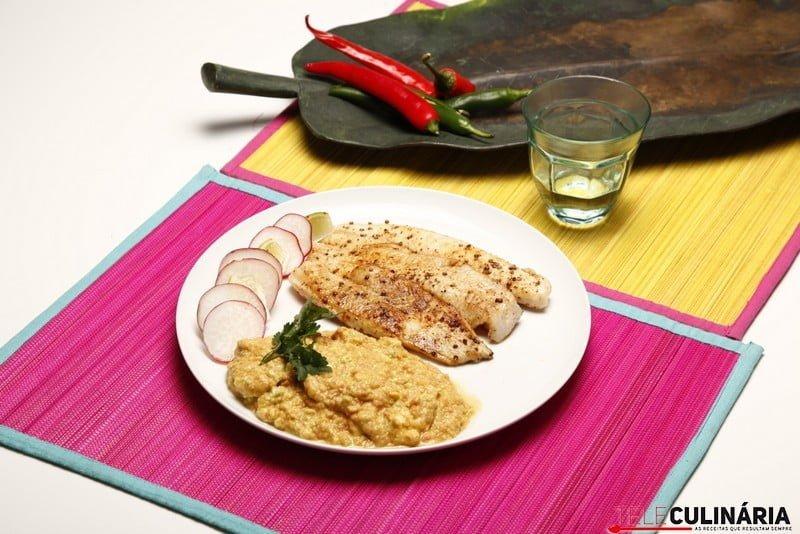 Filetes de pescada picantes com guacamole 11