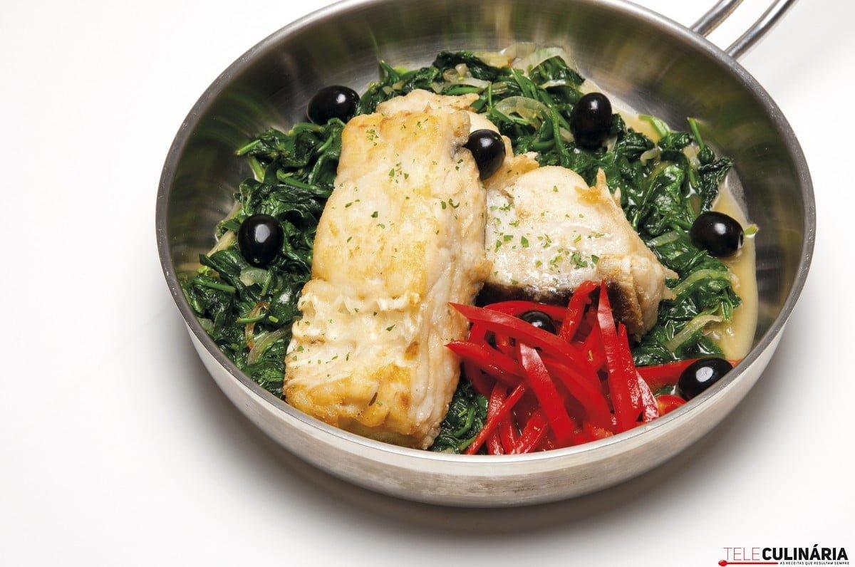 bacalhau com espinafres