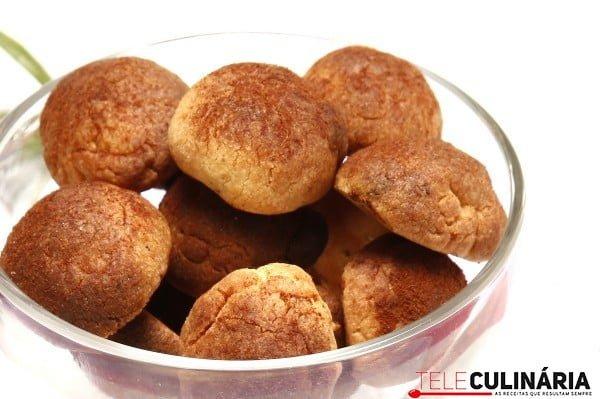 biscoitos de canela e alecrim