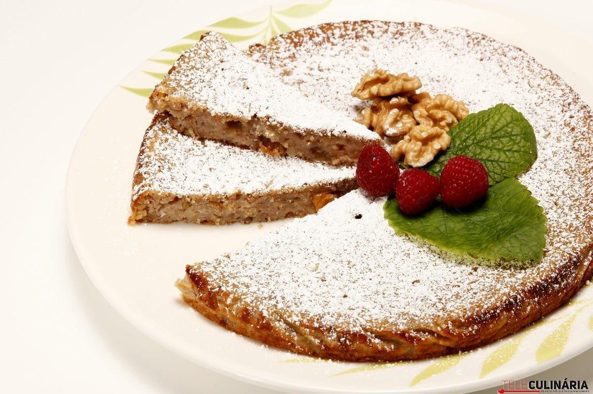 bolo de limao e sultanas