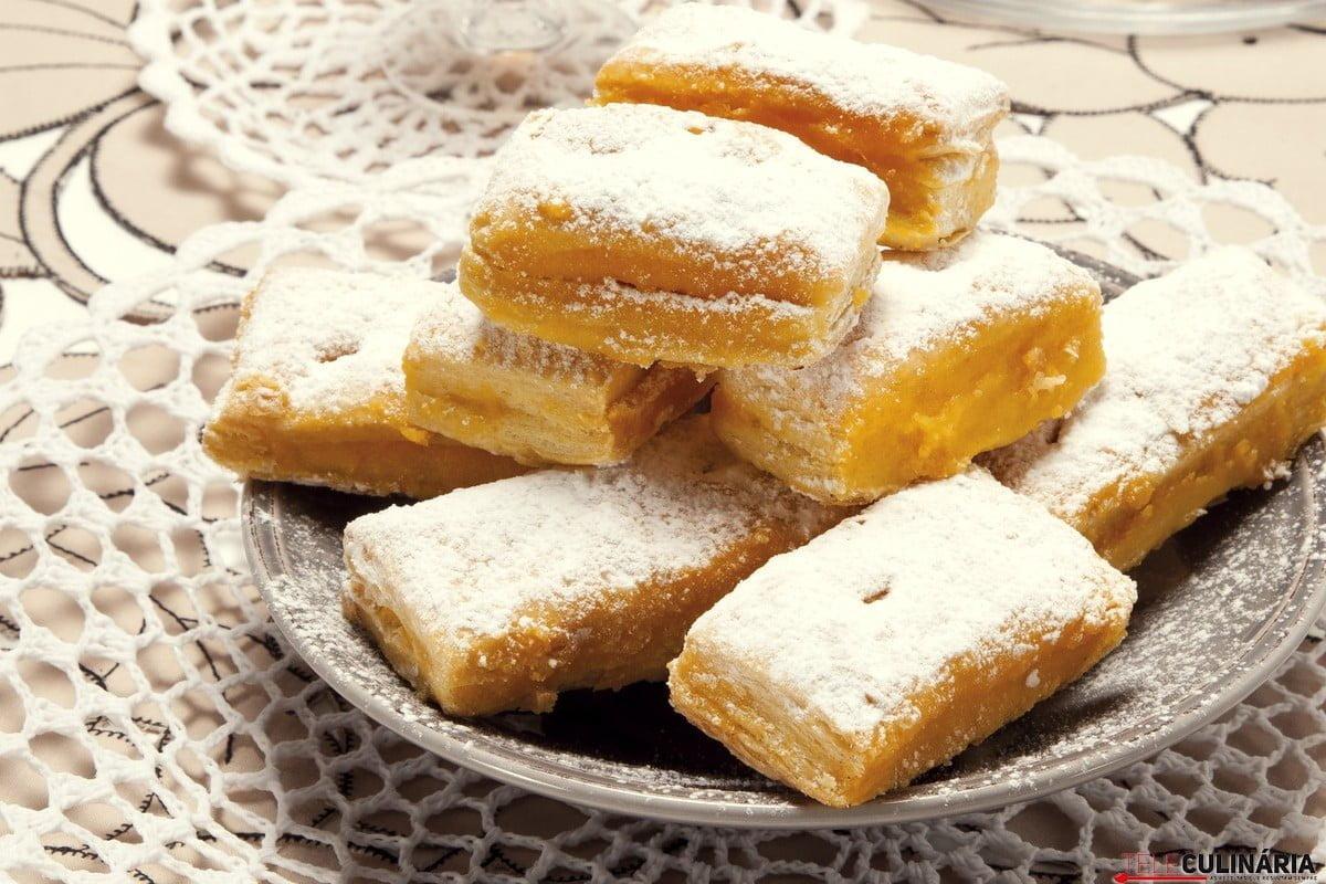 delicias folhadas com creme de pasteleiro
