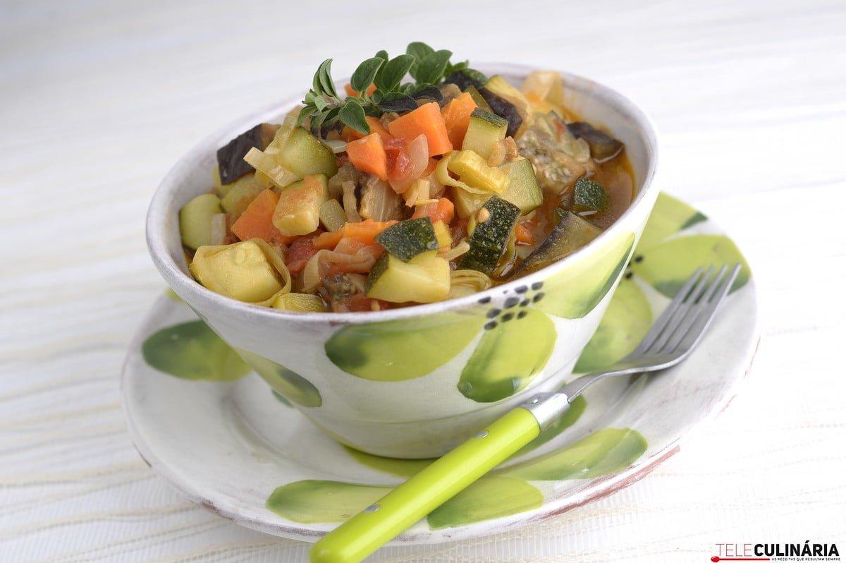 estufadinho de legumes