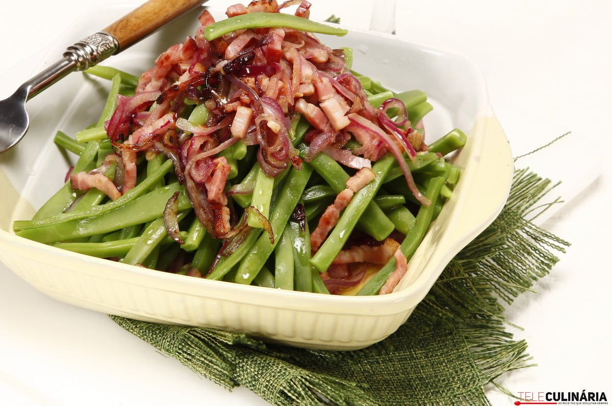feijao verde com bacon