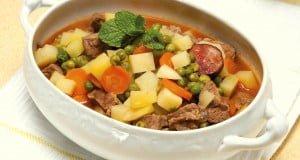 jardineira de carne com legumes e hortelã
