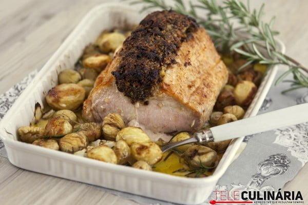 Lombo de porco com crosta de castanhas e ameixas