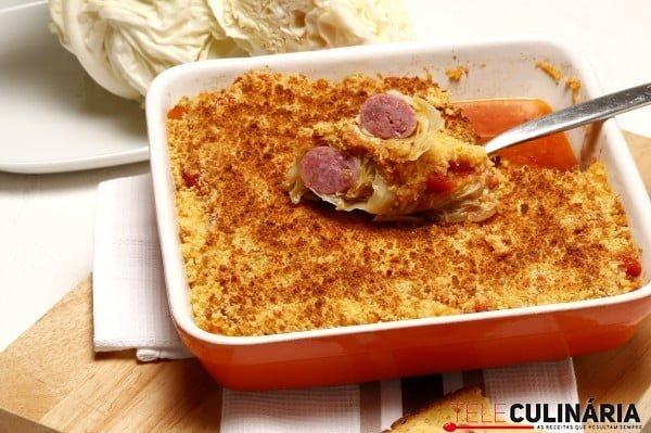 salsichas em lombardo com broa torrada