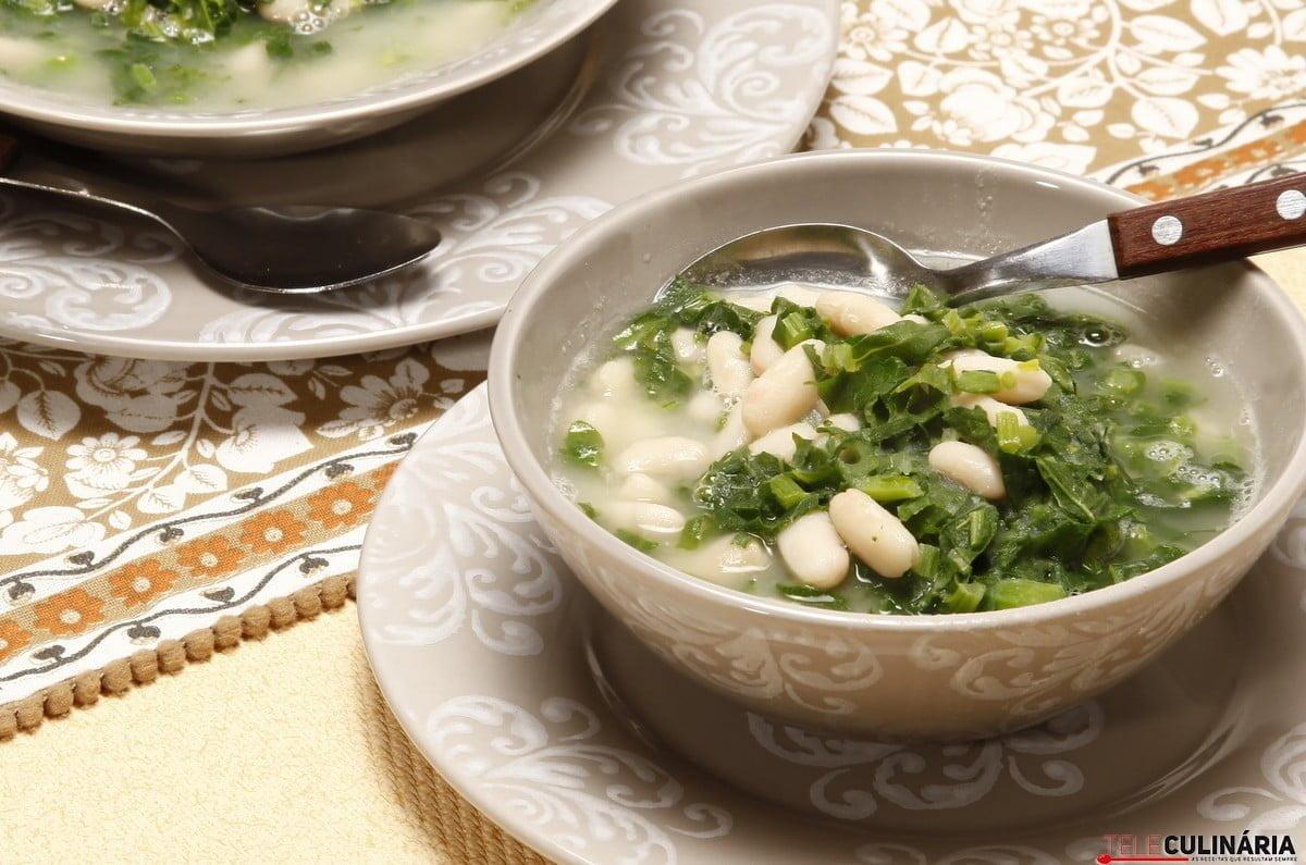 sopa de grelos com feijao branco