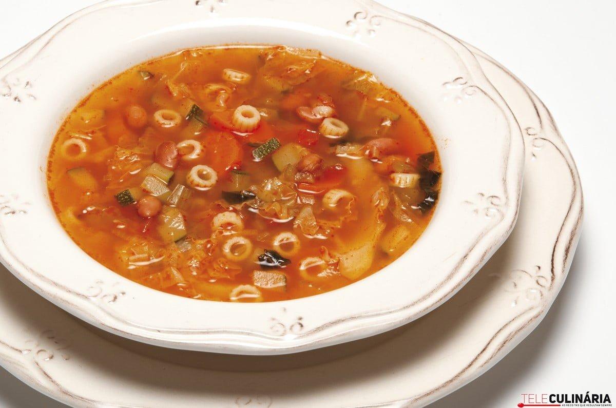 sopa rica da primavera