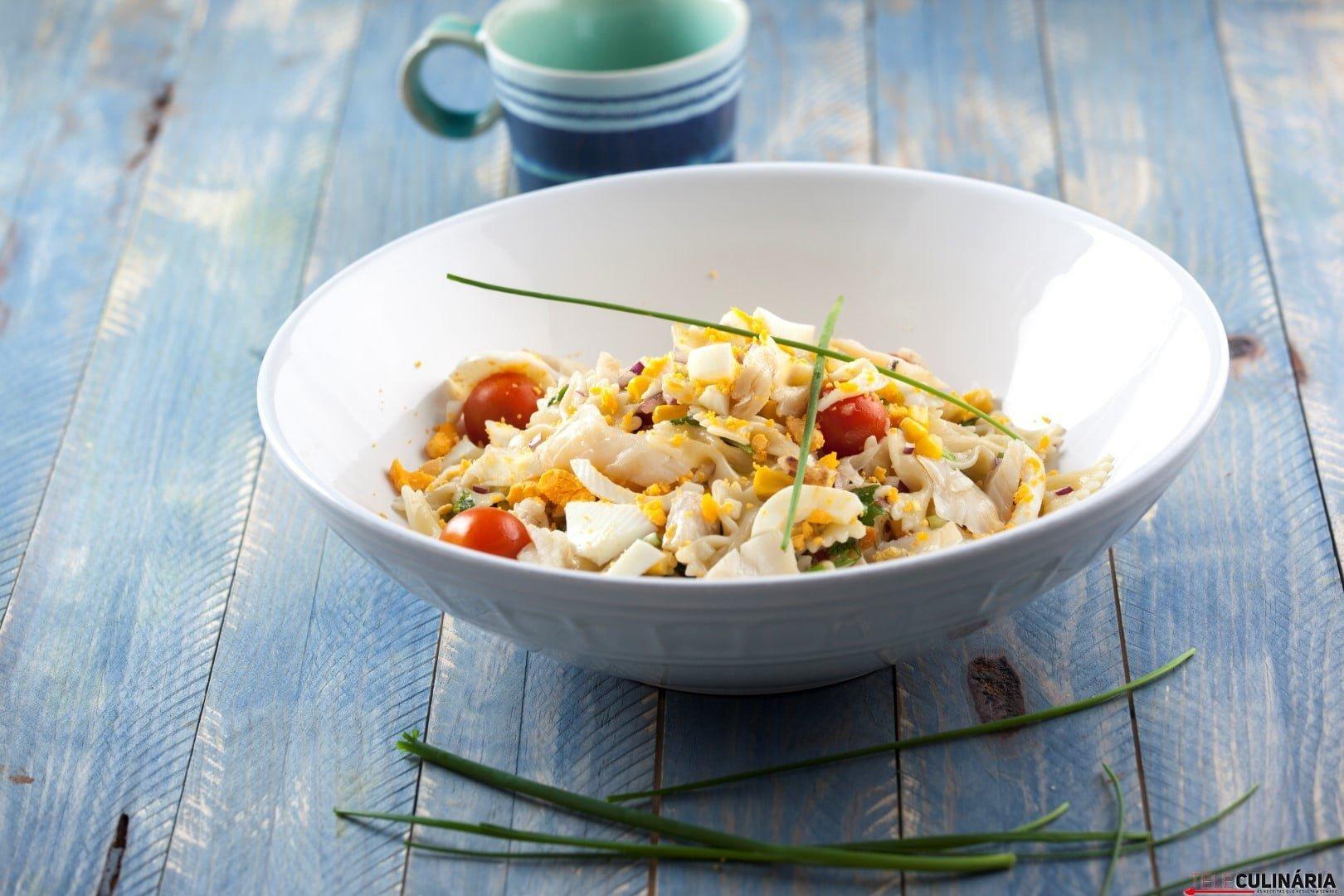 Salada de peixe com massa e vegetais CHPS 5 Large