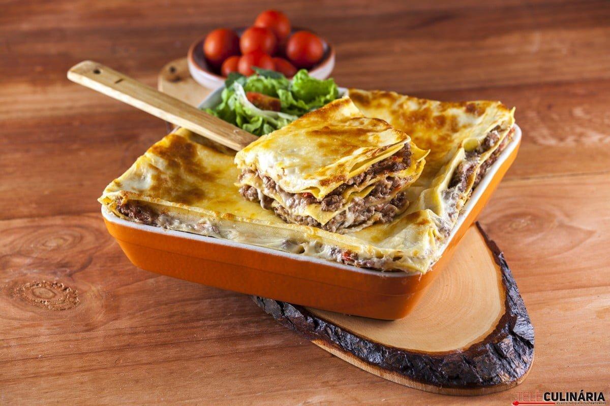 Lasanha de massa e carne de vaca CHLM 6