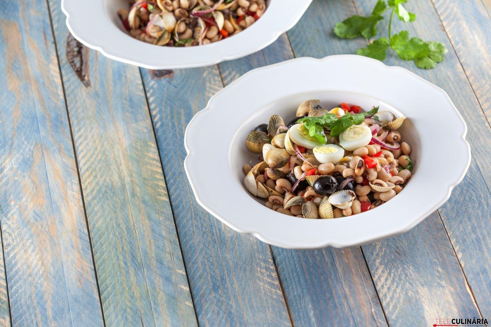 Salada de feijao frade com berbigao CHPS 20 Large