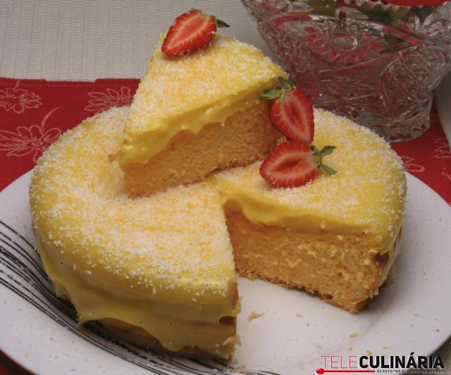 bolo com creme delicia