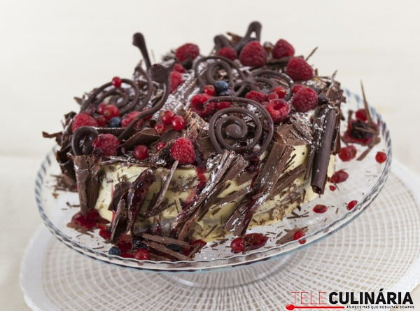 RF Bolo de Chocolate com Frutos do Bosque TC 021