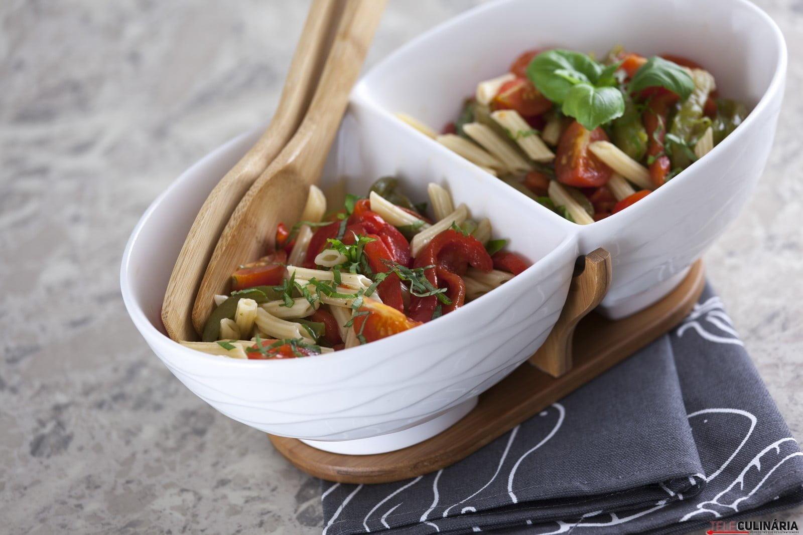 Salada de Massa Penne com Pimentos TC 004