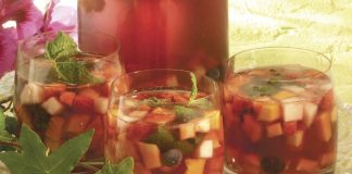 Sangria de ginja com frutos vermelhos e1528212307914