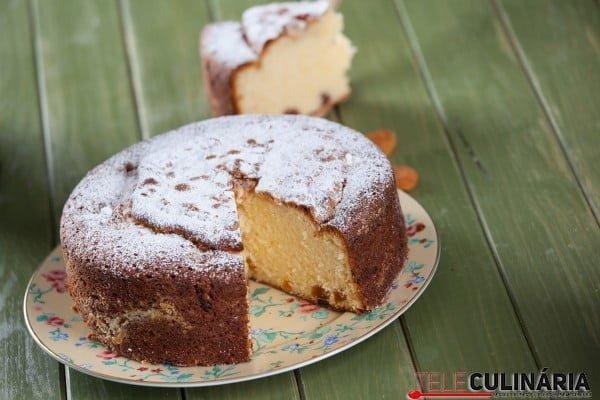 bolo de alperce e iogurte