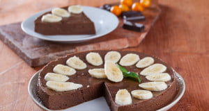 Bolo gelado de chocolate e banana