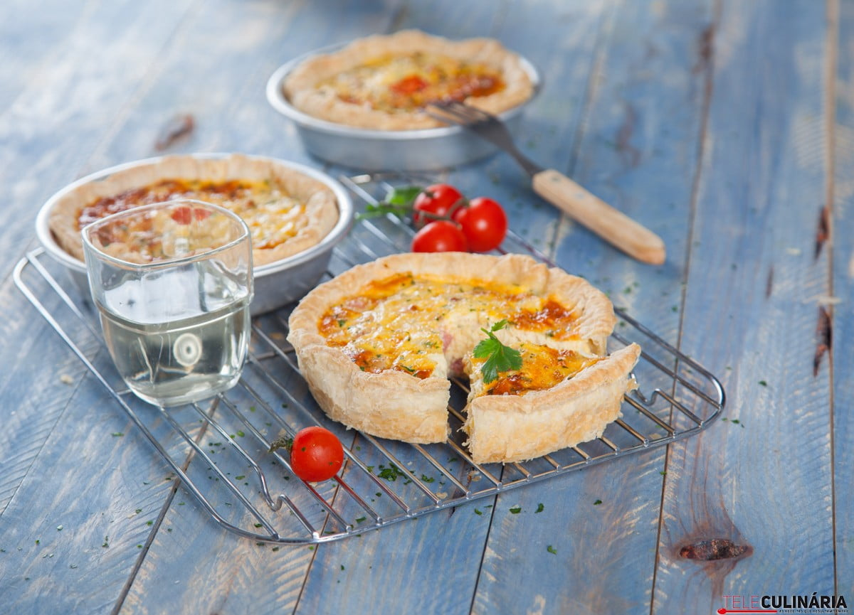Quiche de bacalhau com bacon