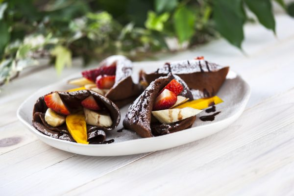 Crepes de Chocolate e Frutas