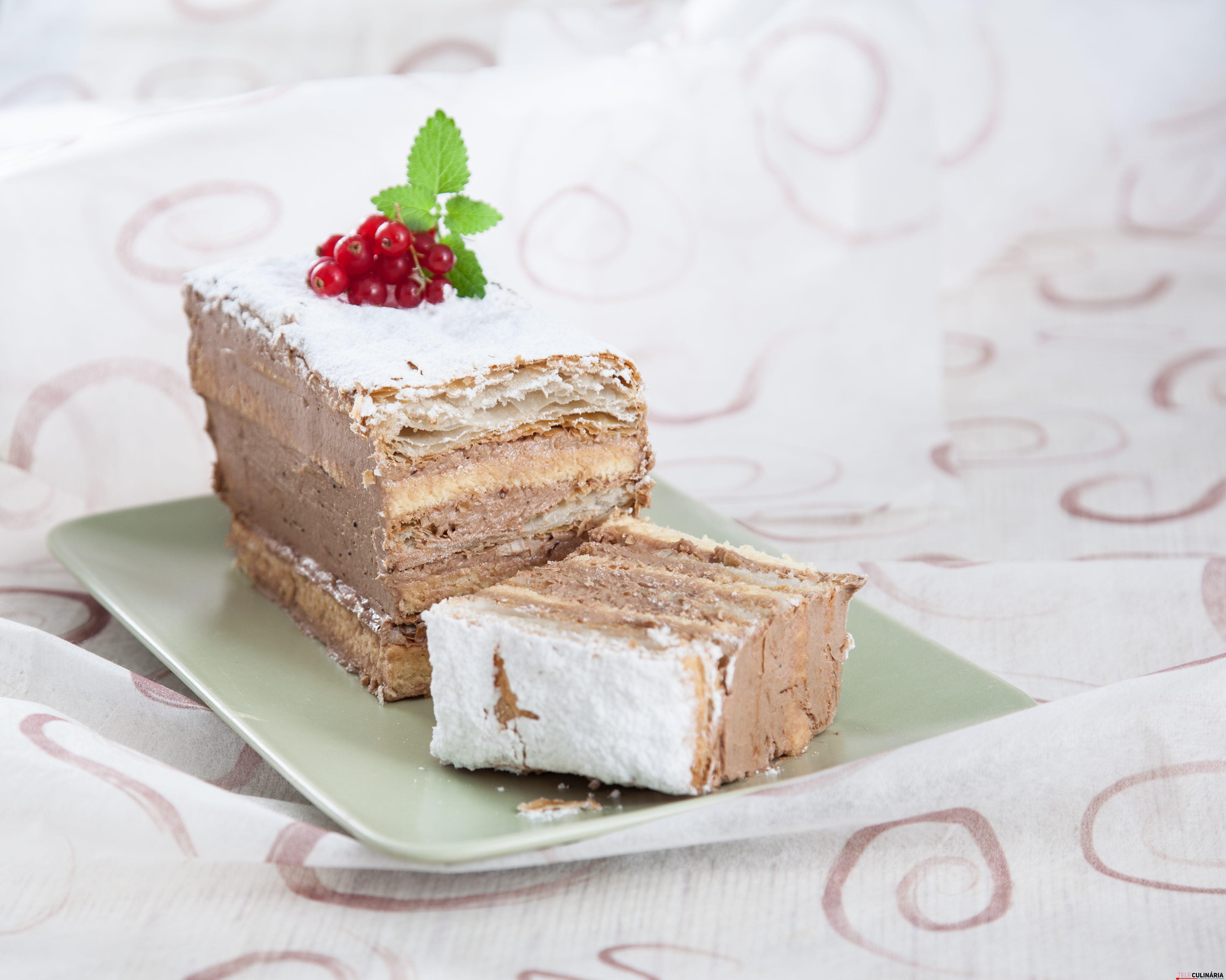 Delícia de bolo folhado