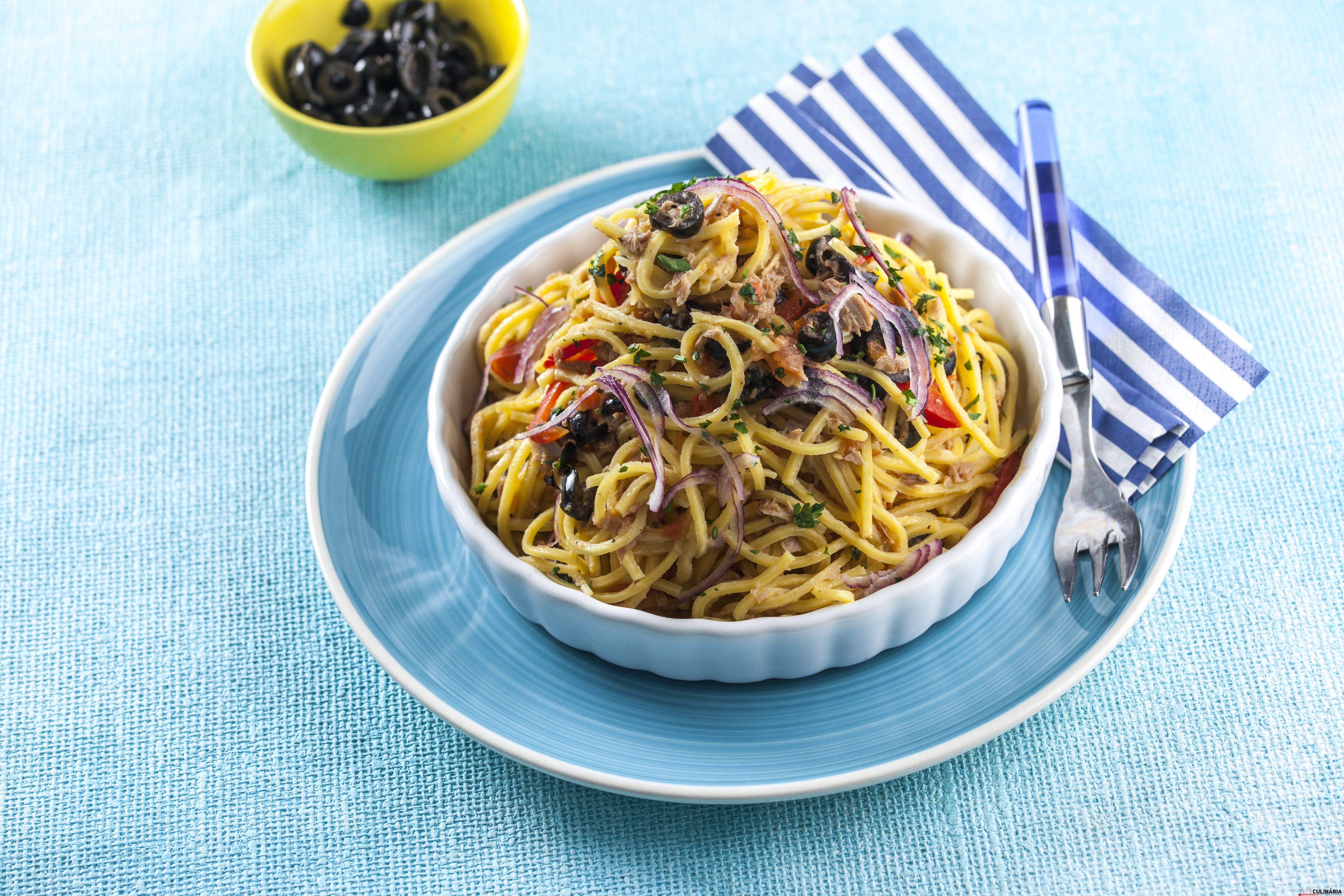 Esparguete de atum com azeitonas CHAA 9