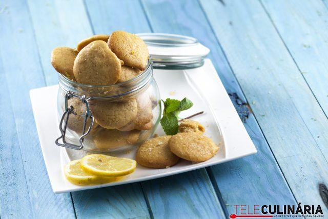 Biscoitos de lima limão