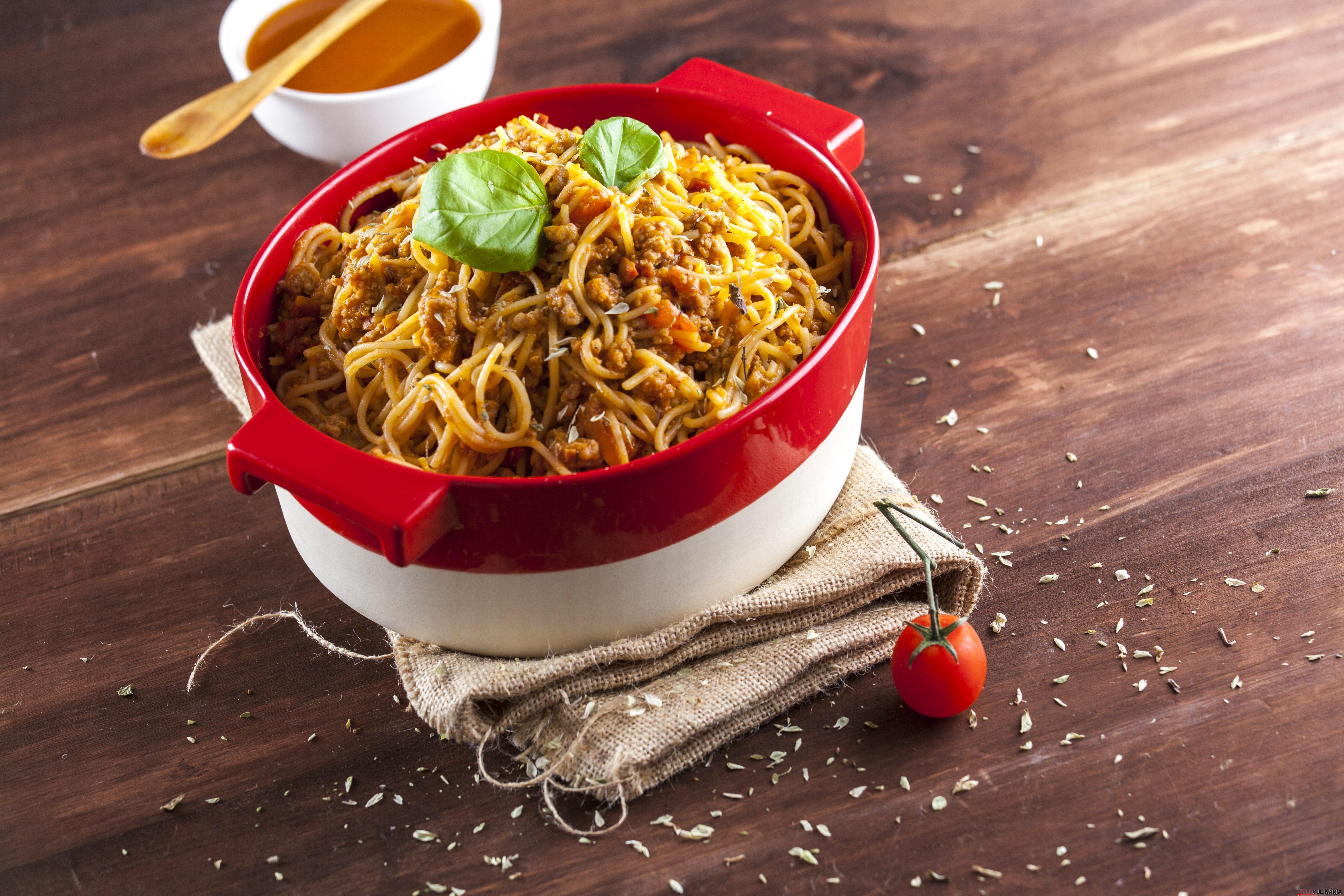 Esparguete a bolonhesa CHLJ 10
