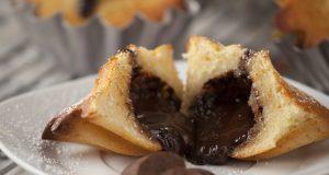 Muffins com Recheio de Chocolate