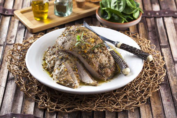 Peito de peru assado com especiarias e ervas CHAA 7