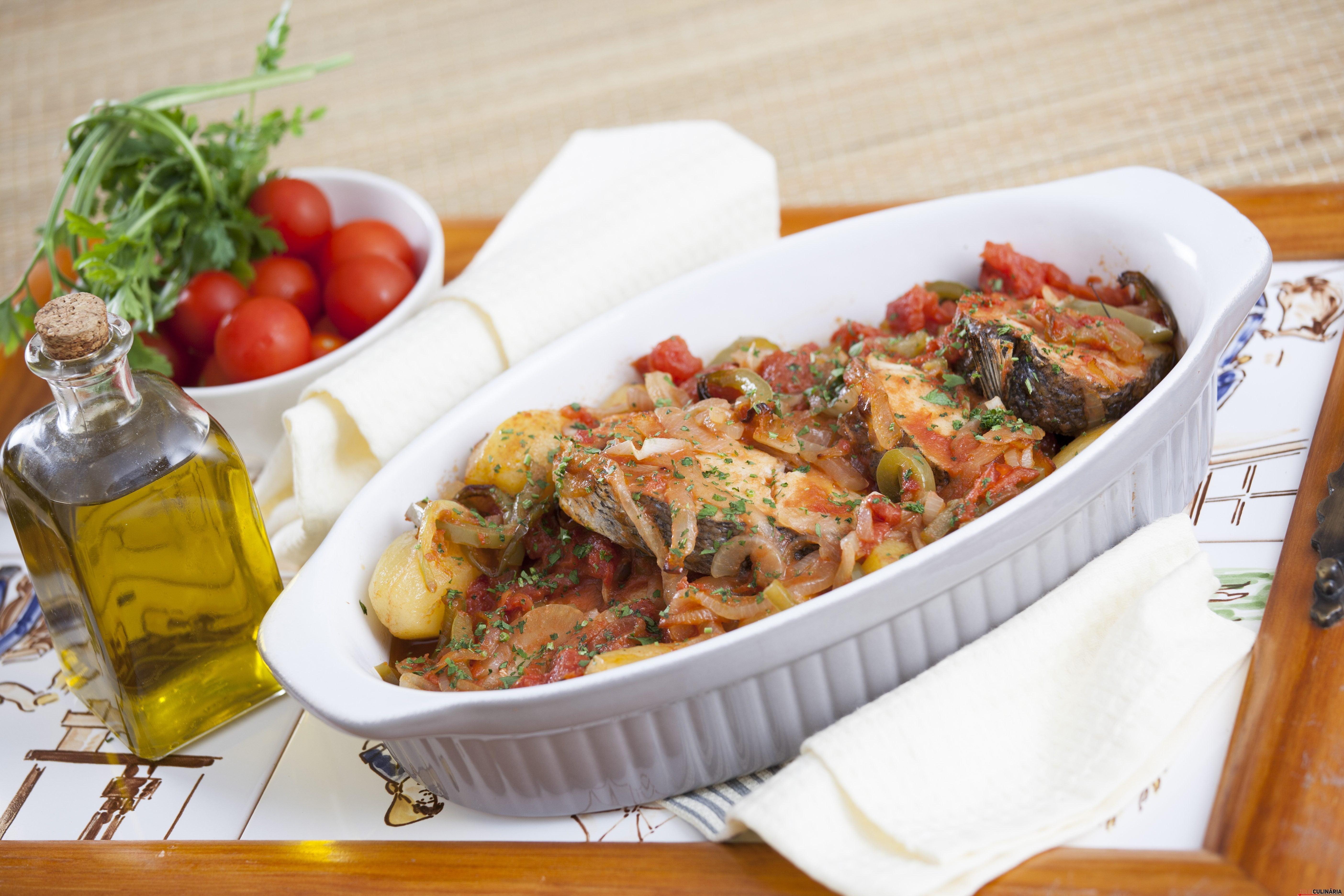 receita de pescada à portuguesa
