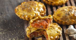 Pie de farinheira e cogumelos