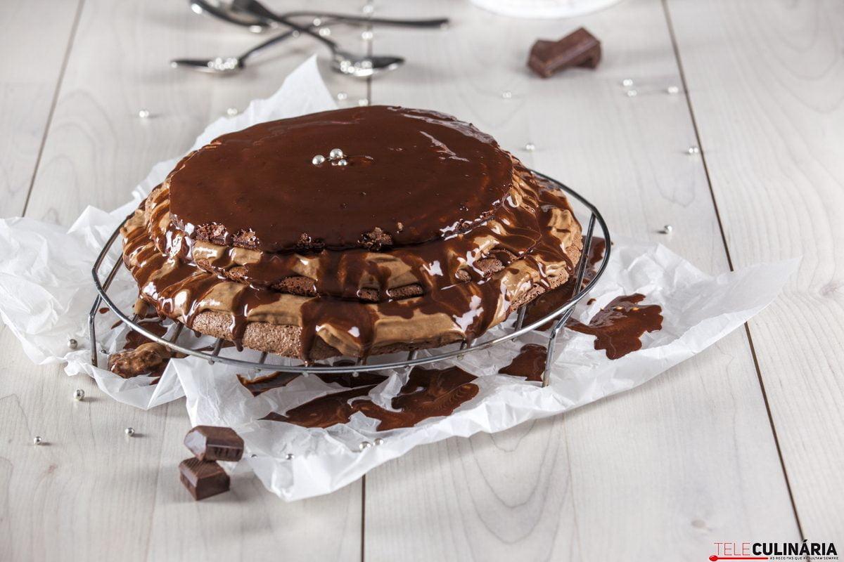 Receita de delícia de chocolate merengada