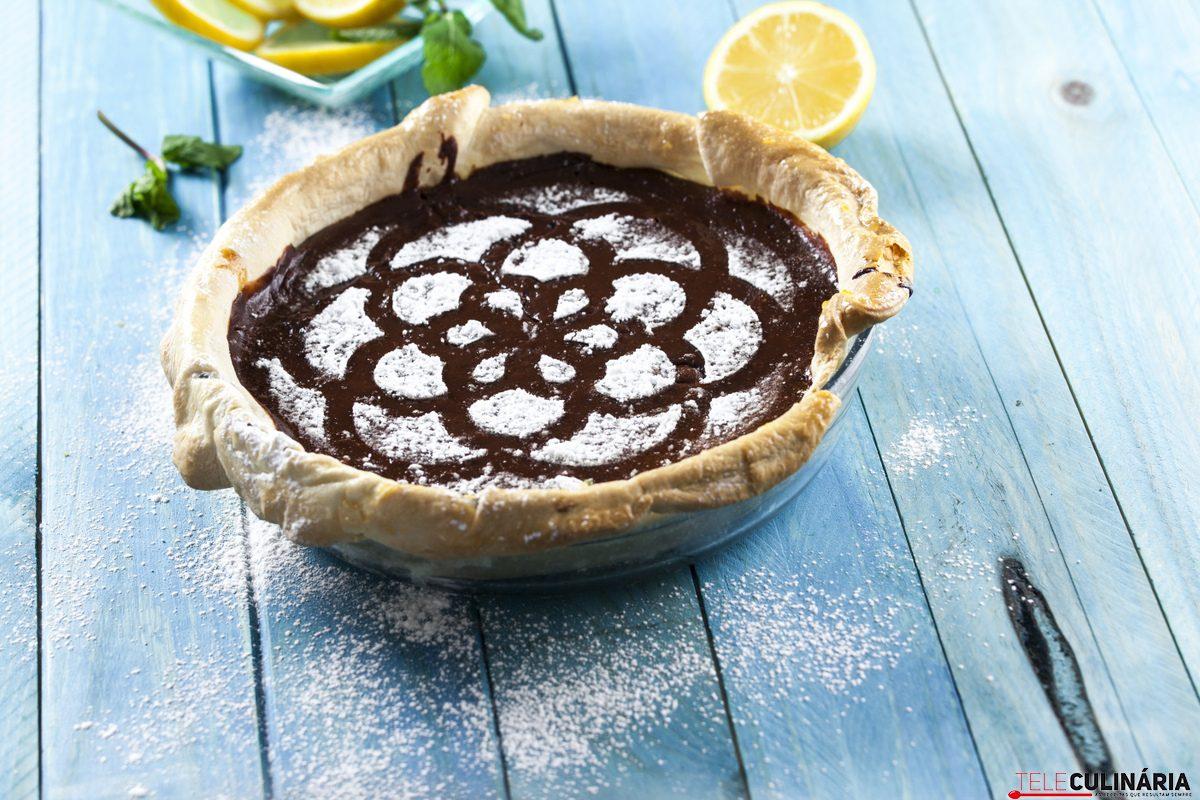 Tarte de limão e chocolate