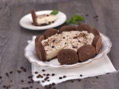 semifrio de café e torta de chocolate