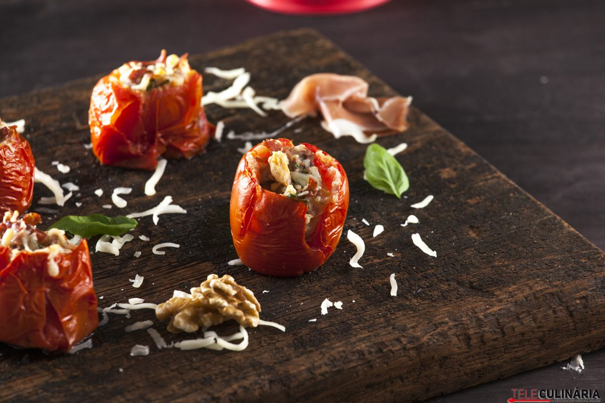 Tomate recheado com presunto e queijo CHPS 13