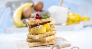 receita de waffles de trigo sarraceno com maçã e canela