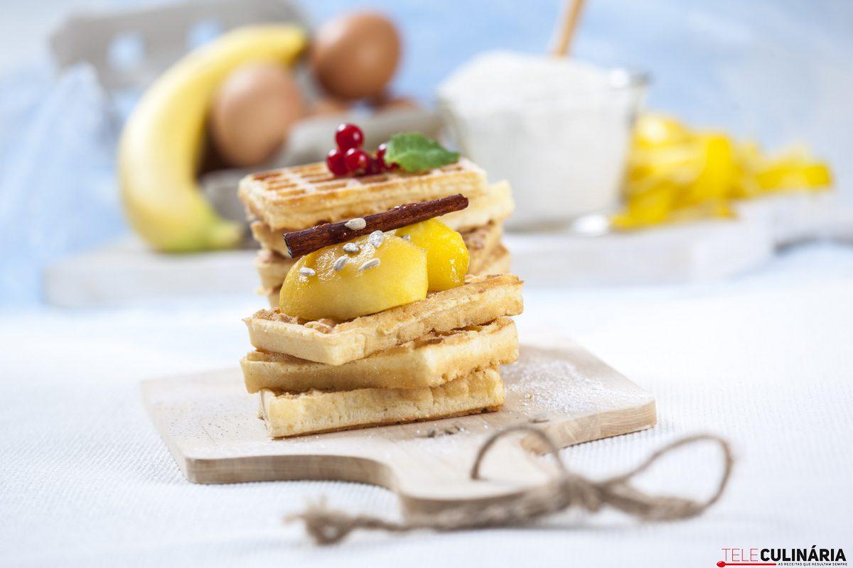 Waffles de trigo sarraceno com maca e canela CHHE 5