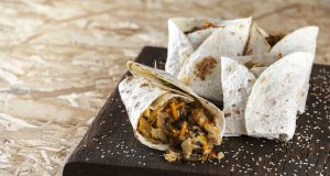 Wraps de legumes e bacon