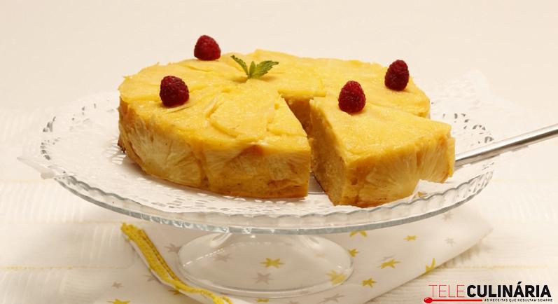 bolo de batata doce com abacaxi