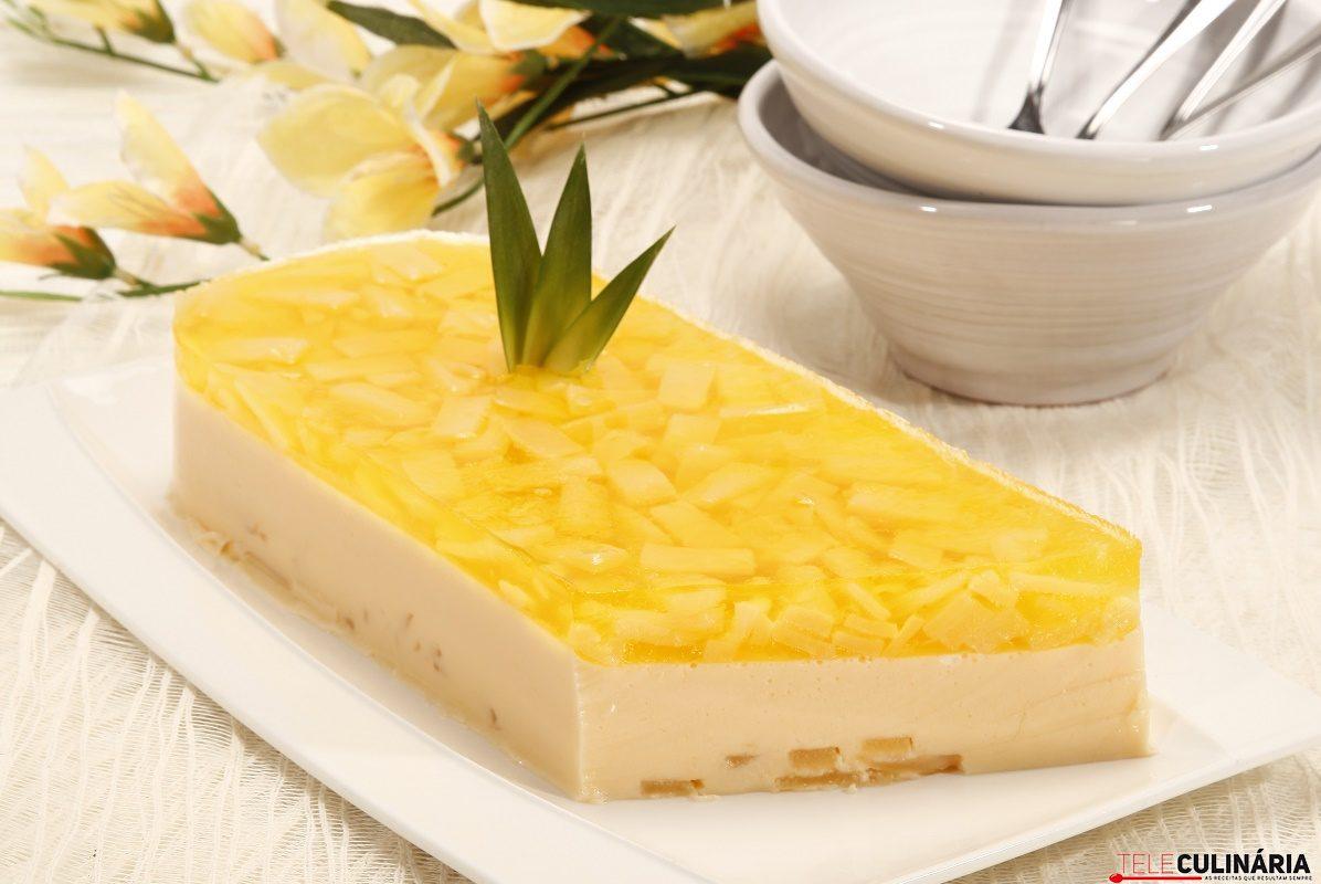 Sobremesa de ananás